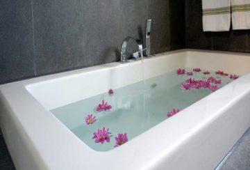 رفع گرفتگی لوله وان حمام